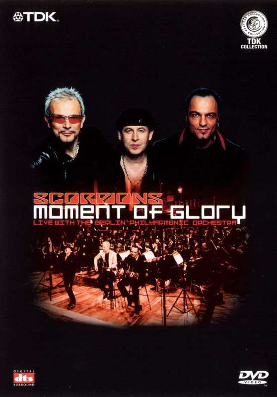 Постер фильма The Scorpions: Moment of Glory (Live with the Berlin Philharmonic Orchestra)